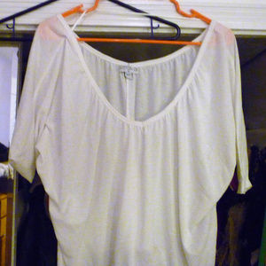 Cotton On M white crop top short sleeves